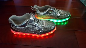 Kids LED Light up Shoes USB Charging size 4 1/2 in Bartlett, Illinois