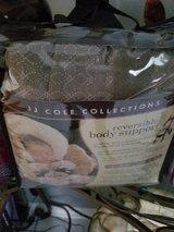 JJ Cole reversible body support new in Bolingbrook, Illinois