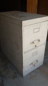 2 drawer metal file cabinet in Macon, Georgia