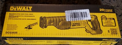 NIB Dewalt 20 -Volt Reciprocating Saw with Battery and charger in Macon, Georgia