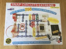 Snap Circuits Extreme STEM Learning Set in Wiesbaden, GE