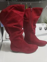 Woman Red Boots sz 7 in Fort Campbell, Kentucky
