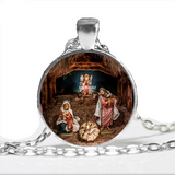 LOVELY CHRISTMAS NATIVITY NECKLACE in Clarksville, Tennessee