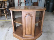 Vintage Solid Wood (Distressed Cherry) End Table/Bedside Table with Shelf in Yorkville, Illinois