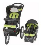 Jogging stroller and carseat in Aurora, Illinois