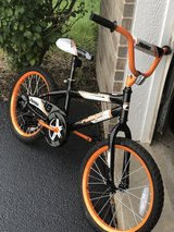 """18"""" bicycle w training wheels in Chicago, Illinois"""