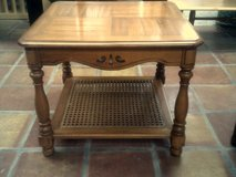 End table, oak color in Alamogordo, New Mexico