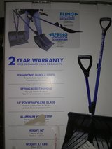 """Snow Shovel New in box,18""""Blade,3.7lbs. in Fort Lewis, Washington"""