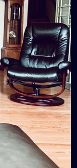 Leather Swivel Reclining Chair (With Foot Stool) in Plainfield, Illinois