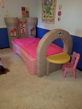 kids bed in Westmont, Illinois