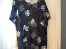 Tee Blue Floral in Chicago, Illinois