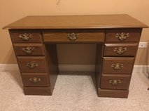Youth 5 Drawer Desk in Chicago, Illinois