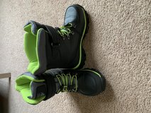 Snow Boots in Glendale Heights, Illinois
