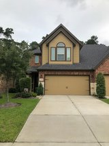 Townhome In Eagle Springs - Move In Ready 3 Bedroom 2 1/2 Bath in The Woodlands, Texas
