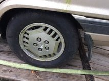 Set of 4 Like new tires 185 / 70/ R 13 in Fort Knox, Kentucky