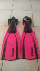 Mares fins Size X-Small in Kingwood, Texas