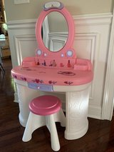 Step 2 Pink Play Vanity w/ Stool - dress up in Naperville, Illinois