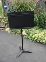 MANHASSET MUSIC STAND in Aurora, Illinois