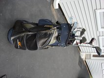 GOLDEN BEAR GOLF BAG WITH  11 CLUBS in Yorkville, Illinois