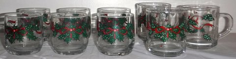 Anchor Hocking Christmas Holly 3 Mug /Cups + 6 Old Fashioned Tumbler Glass Set in Bolingbrook, Illinois