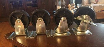 Set of 4 Casters in Yorkville, Illinois