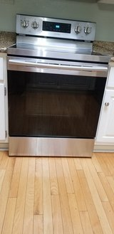 Electric range Samsung in Glendale Heights, Illinois
