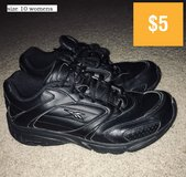 shoes size 10 in Conroe, Texas