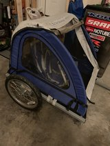 Instep bike trailer in Naperville, Illinois