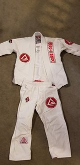 Gracie Barra Jiujitsu Gi kids size Y2 in Tacoma, Washington