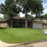 Never flooded Beautiful Comfy Rent home in Kingwood 3-2-2 in Sherwood Trails in Kingwood, Texas