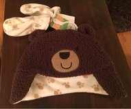 6-9 Mos. Hat & Mittens in Joliet, Illinois
