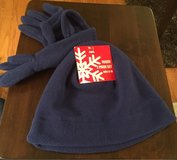 Kid's Fleece Hat & Gloves in Joliet, Illinois