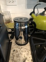 Nesppresso Inissia and Frother in Glendale Heights, Illinois