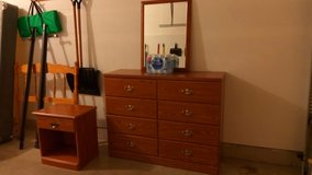 Bedroom Furniture Set - REDUCED in Bolingbrook, Illinois