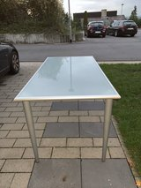 Glass Writing Desk in Wiesbaden, GE