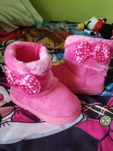 Fushia pok a dot bow boots new in Joliet, Illinois