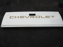 CHEVEROLET PICK UP TRUCK TAILGATE in Naperville, Illinois
