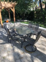 outdoor table and chairs for 6 in Naperville, Illinois