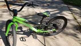 specialized bike size 20 in Naperville, Illinois