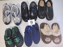 Lot 09 Shoes Boys size 11 in Naperville, Illinois