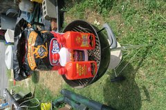 pakage deal 3 lighter fluid s& charcoal 1 bag  20'' webber grill ( phone only to my cell ) in Okinawa, Japan