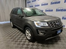 2017 Ford Explorer / We specialize in helping people with credit issues in Fort Drum, New York