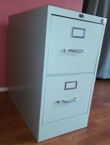 2-Drawer File Cabinet in Yucca Valley, California