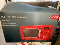 microwave, toaster and kettle set in Lakenheath, UK