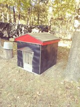 Dog house, insulated and heated, large in Fort Leonard Wood, Missouri
