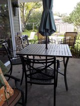 Outdoor Table and 4 chairs (Umbrella and stand not included) in Westmont, Illinois