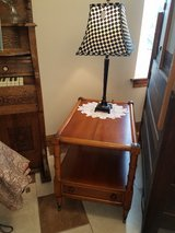 End Table w/ Drawer in Fort Leonard Wood, Missouri