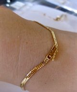 *NEW* *NEW* 18k Japan Gold Kihei Bracelet in Okinawa, Japan