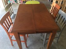 table with leaf and 4 chairs in Fort Leonard Wood, Missouri
