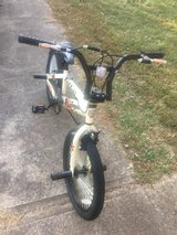 20i inch mongoose boys bike in Fort Campbell, Kentucky